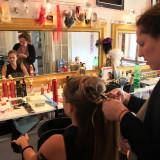 priprava ucesu hairstyling backstage