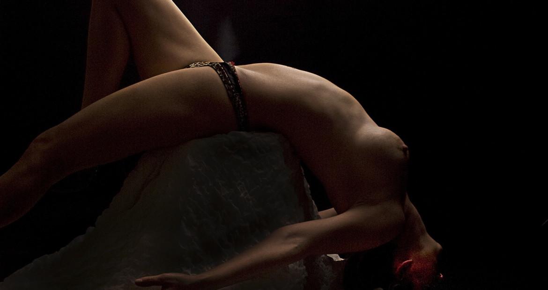 fine art nude akty